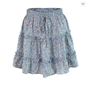 Mini skirt with floral print