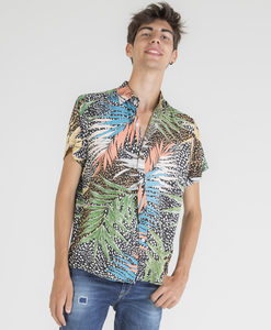 Short sleeve shirt with foliage print